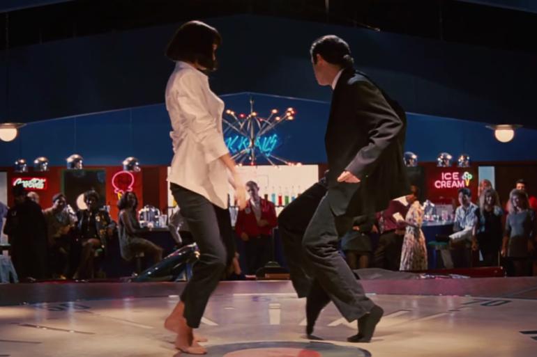 Mia Wallace i Vincent Vega tańczą twista w filmie Pulp Fiction