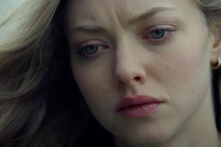 Amanda Seyfried w filmie Ojcowie i córki